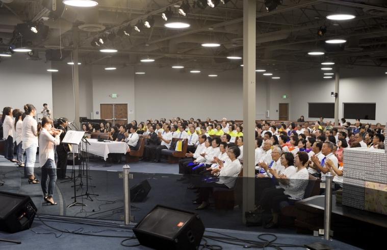 Praise Night 2017-5.JPG